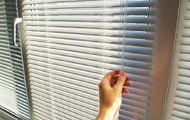 Manually operated blinds